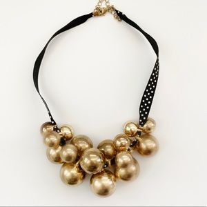 Jewelry - FREE! Gold Bauble Necklace